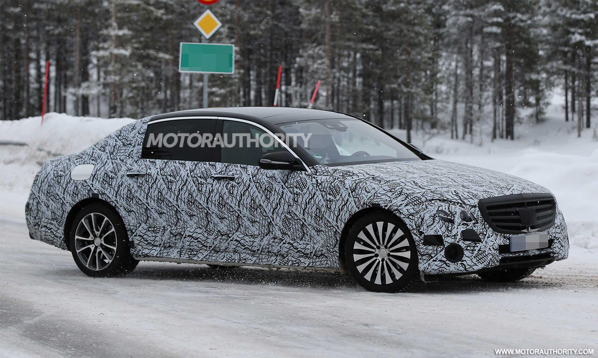 77 New Spy Shots Mercedes E Class First Drive