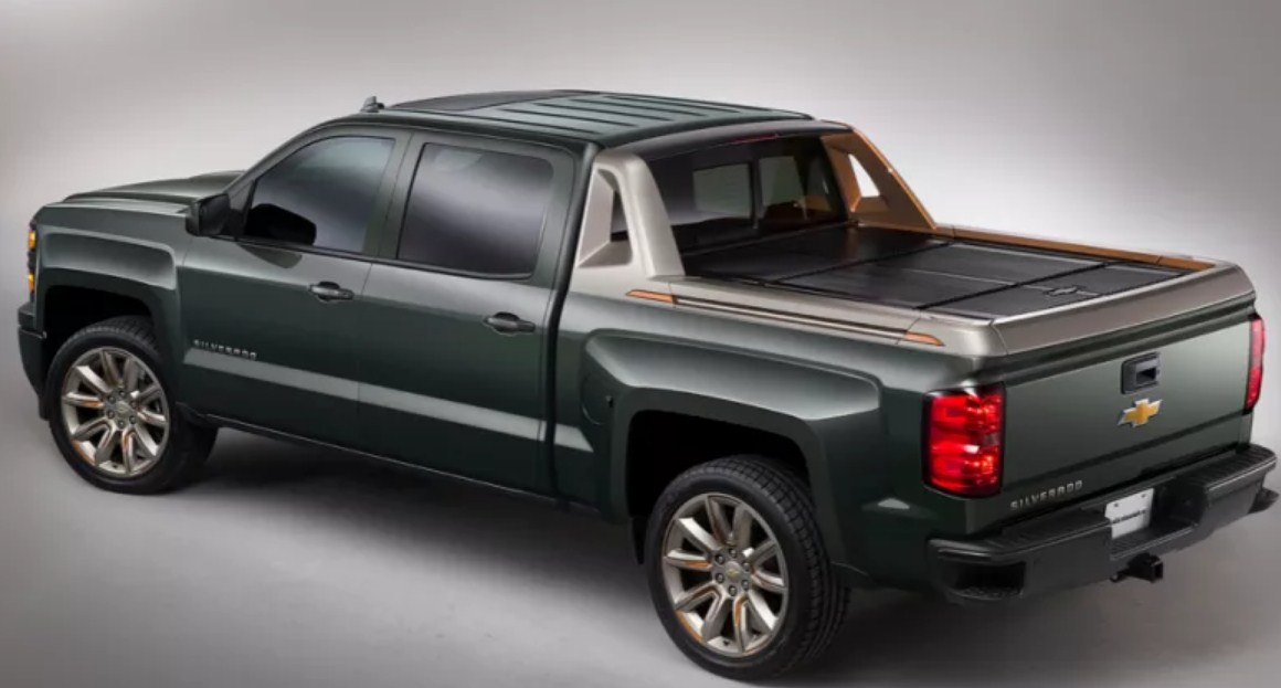 77 The 2020 Chevy Avalanche Interior