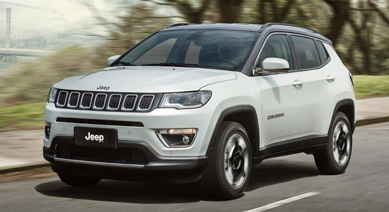 80 A 2020 Jeep Compass Images