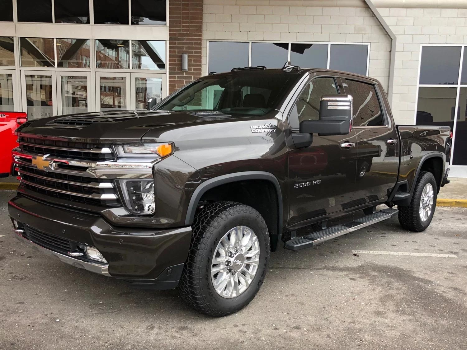 82 A 2020 Chevy Duramax Images