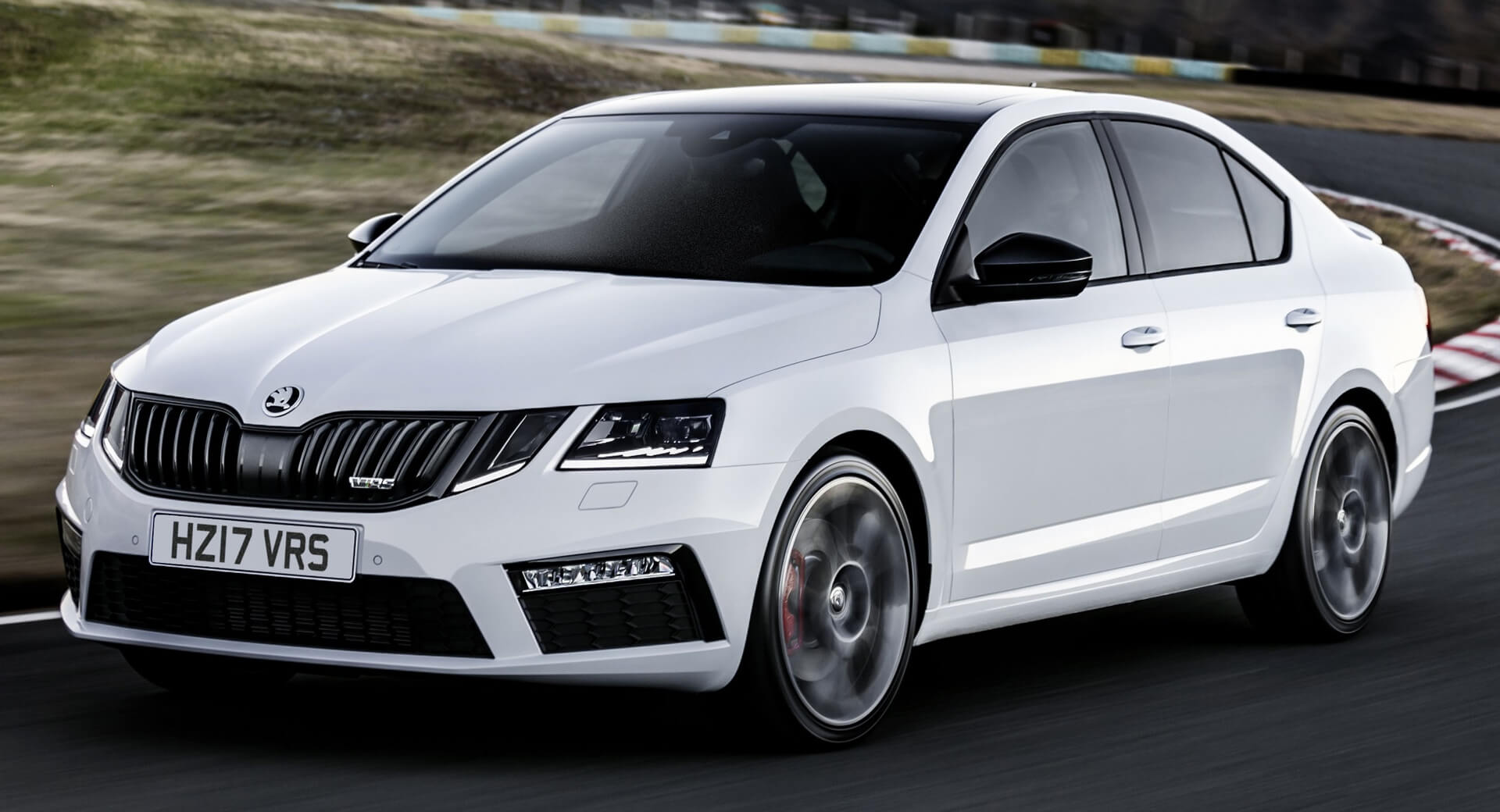 83 A 2020 New Skoda Superb Ratings