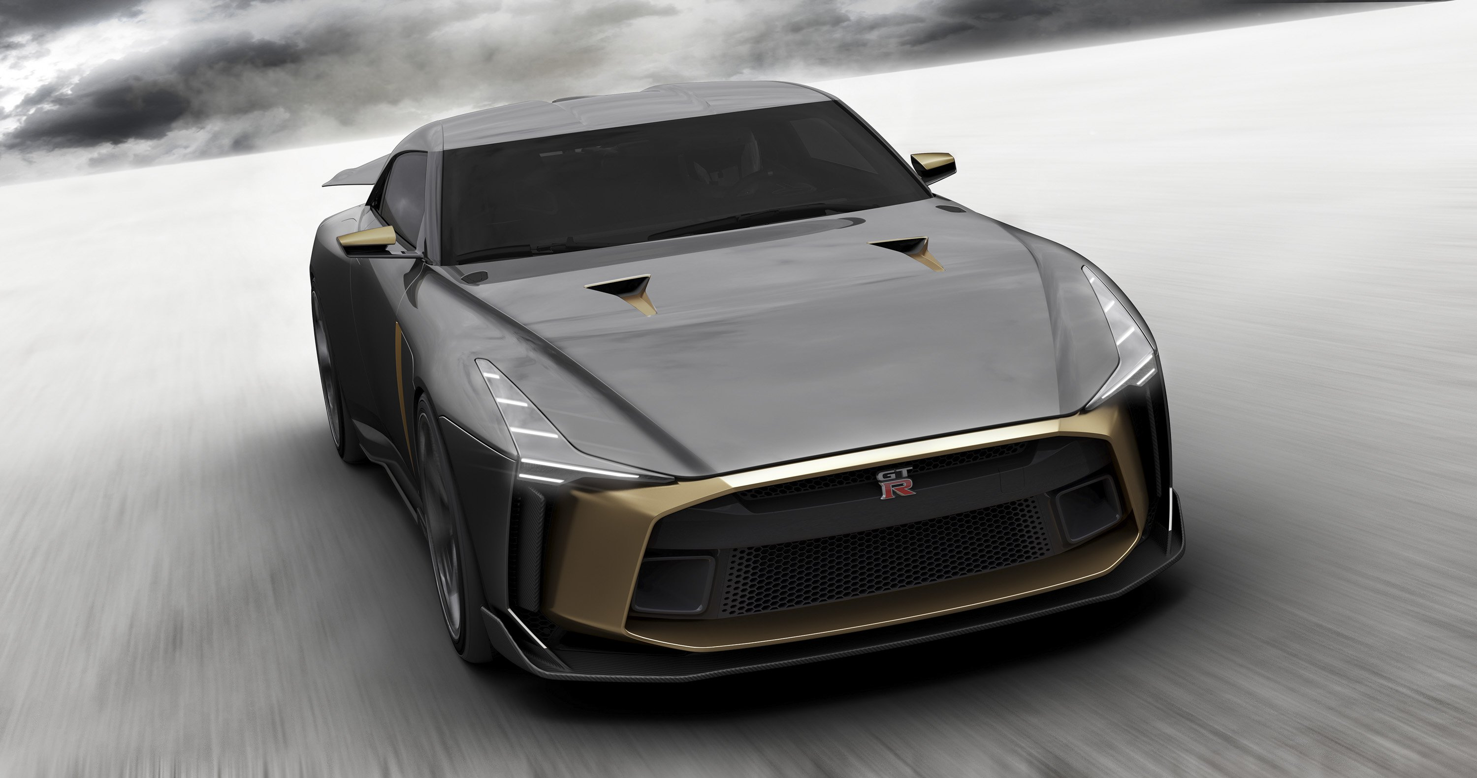 83 A 2020 Nissan GT R Pictures
