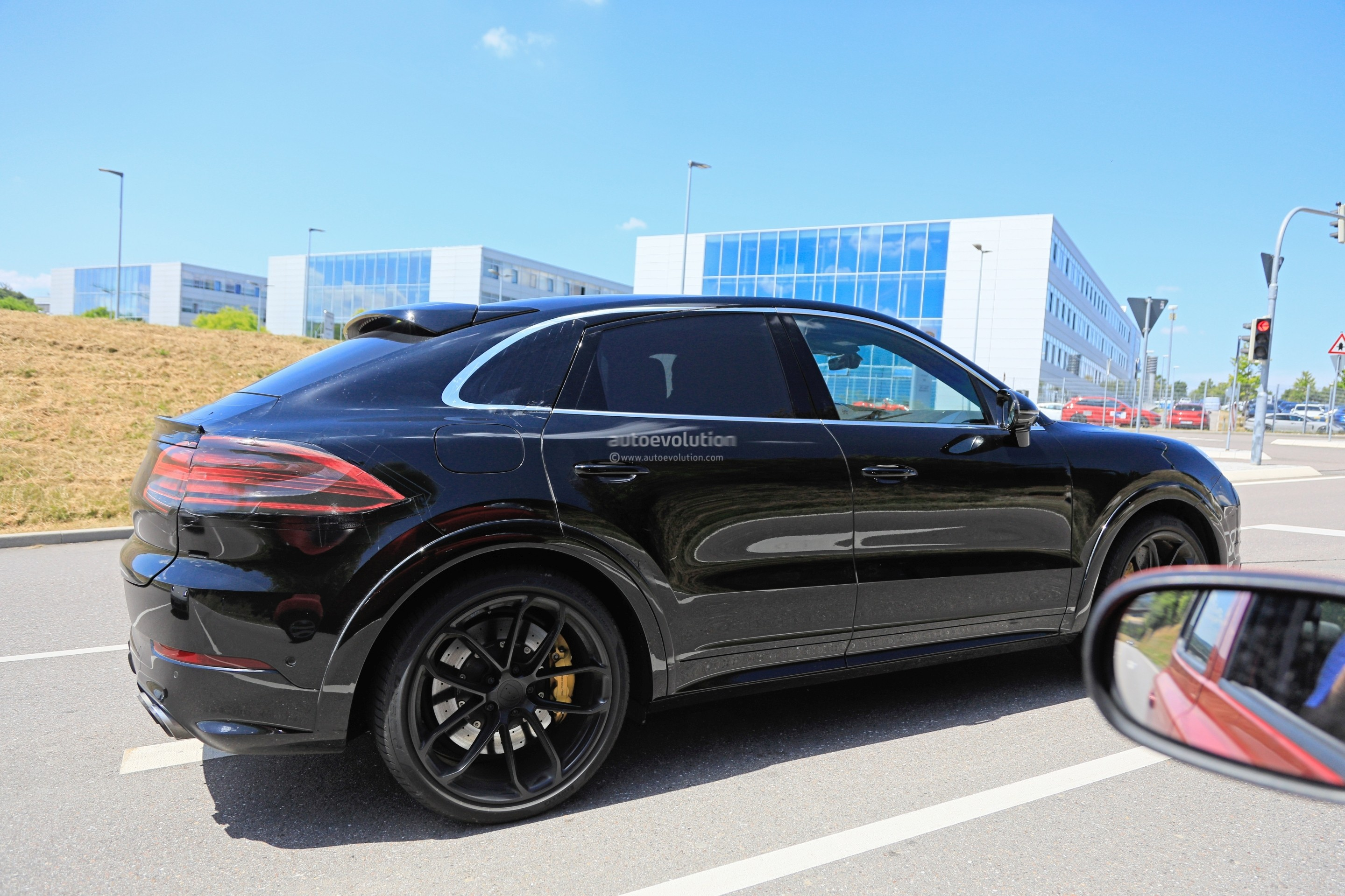 84 The 2020 Porsche Macan Turbo Ratings