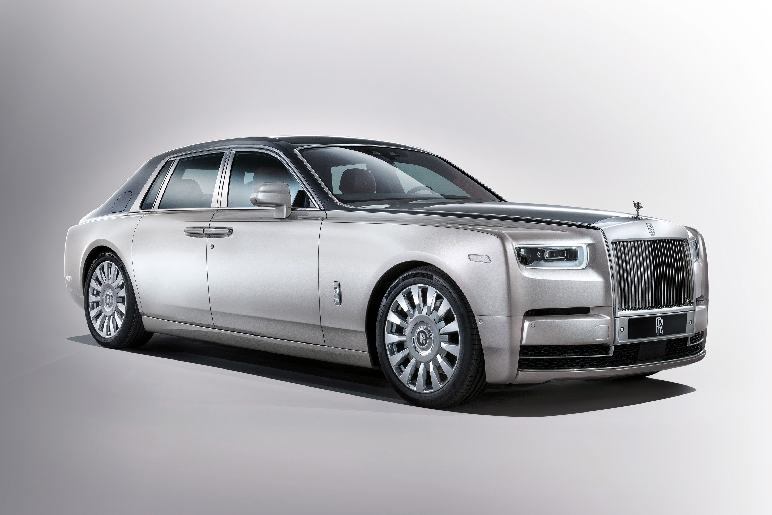 84 The 2020 Rolls Royce Phantoms Exterior and Interior