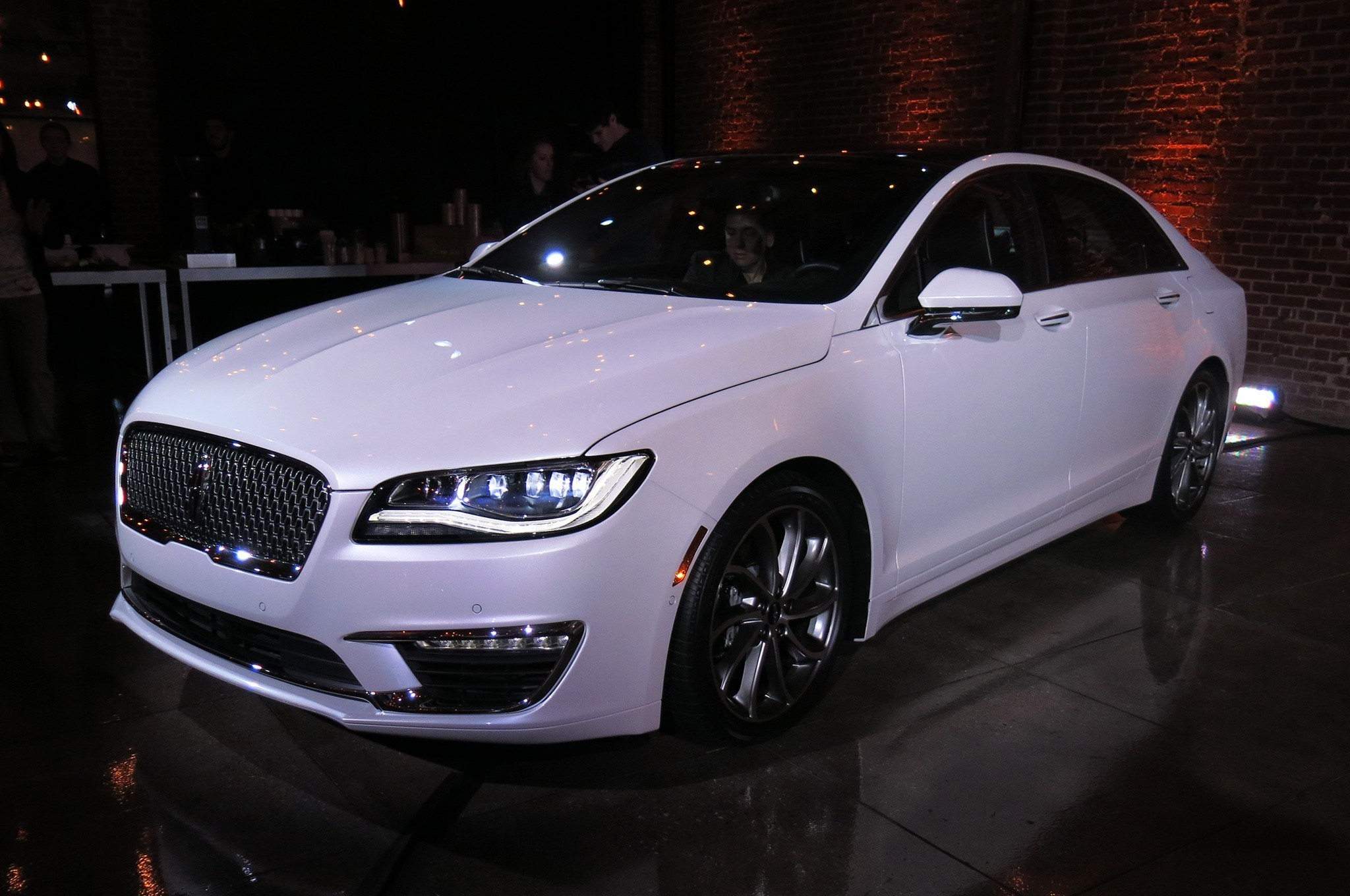 85 A Spy Shots Lincoln Mkz Sedan Review