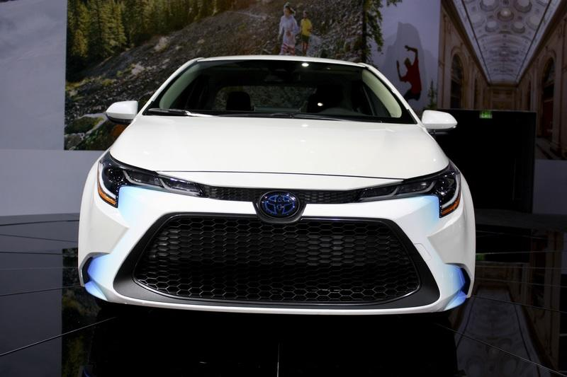 85 All New 2020 Toyota PriusPictures Picture
