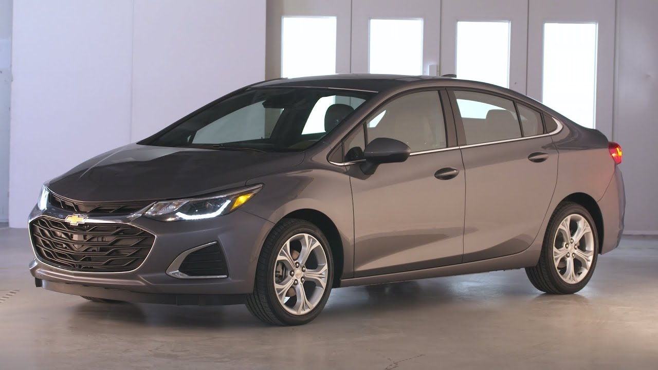 86 A 2019 Chevrolet Cruze Images