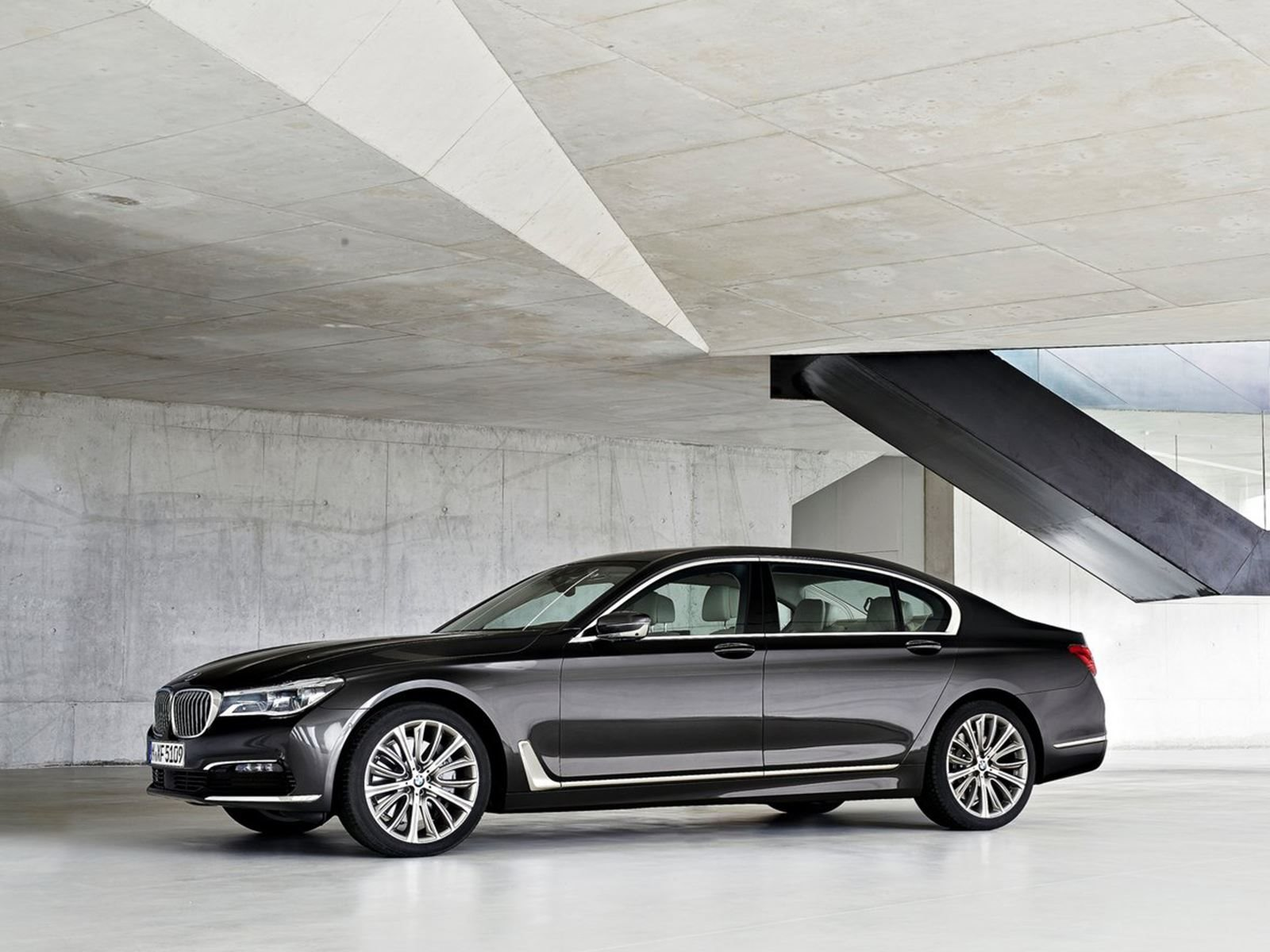 86 The Best 2019 BMW 750Li Images