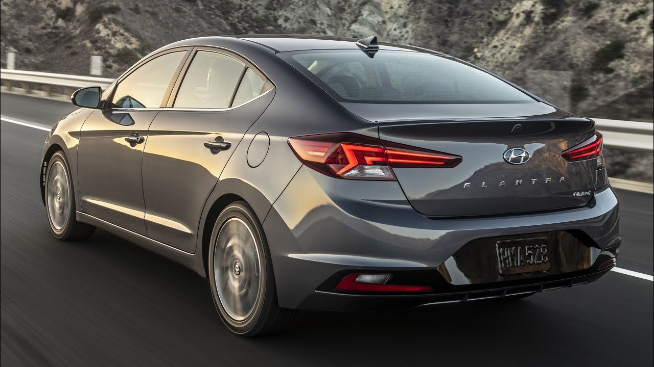 87 A 2019 Hyundai Elantra Sedan Interior