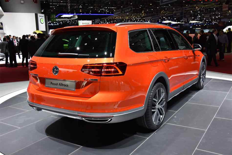 87 A 2019 Vw Passat Alltrack Exterior and Interior