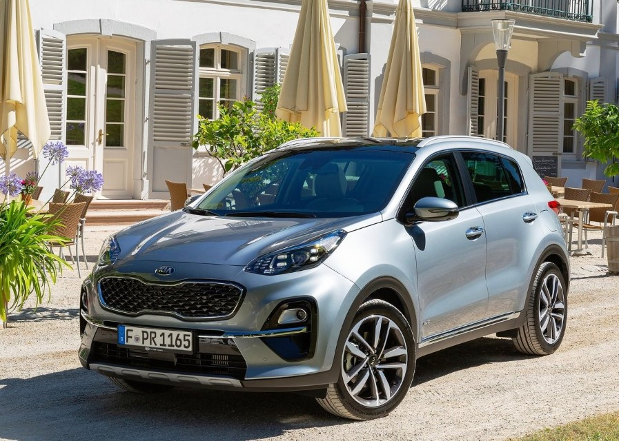 88 A 2020 Kia Sportage Review Engine