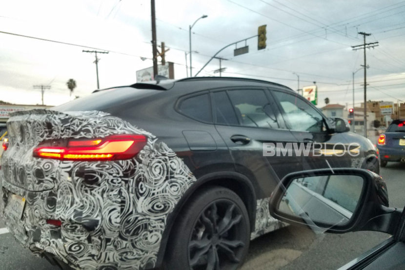 89 A 2020 BMW X6 Picture