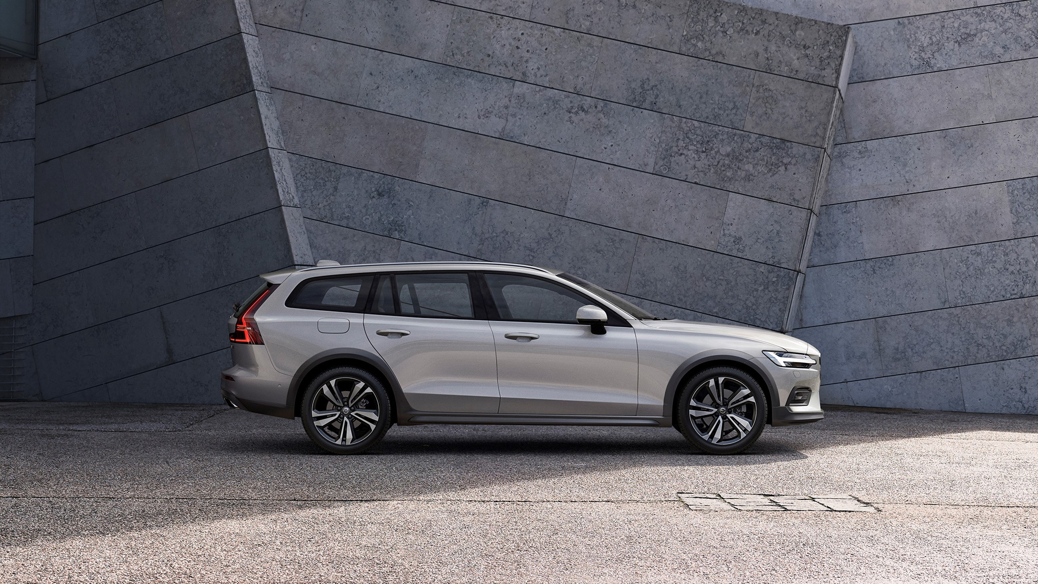 89 A 2020 Volvo V60 Cross Country Research New