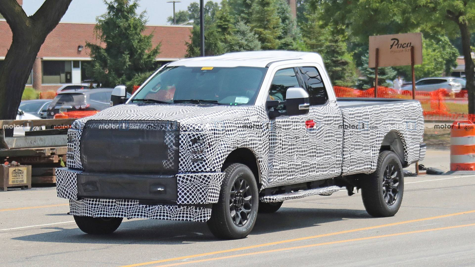 92 A 2020 Ford F350 Super Duty Picture