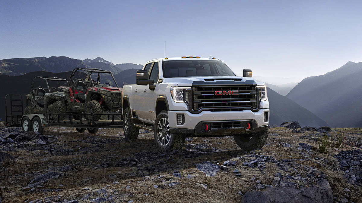 92 A 2020 GMC Sierra 2500Hd Images