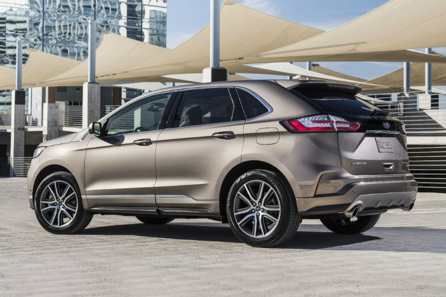 93 New 2019 Ford Edge Sport Ratings