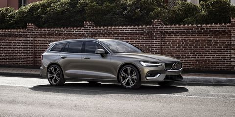 98 A 2019 Volvo V70 Ratings