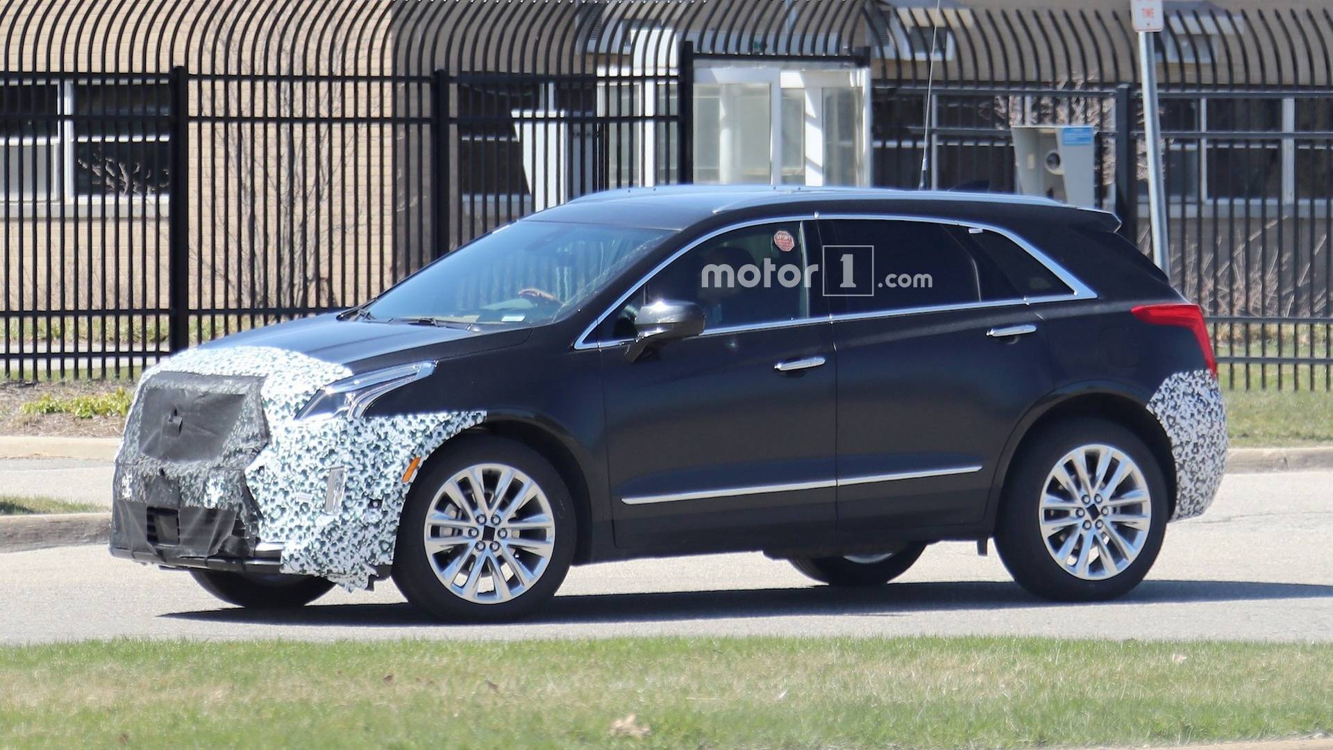 98 The Best 2020 Spy Shots Cadillac Xt5 Redesign