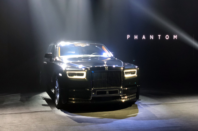 99 A 2020 Rolls Royce Phantoms Spy Shoot