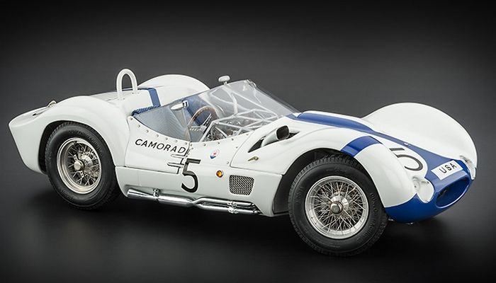 95 New Maserati Tipo 61 Birdcage Spy Shoot