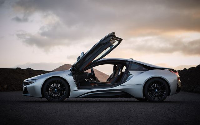 80 A 2020 BMW I8 Coupe Configurations