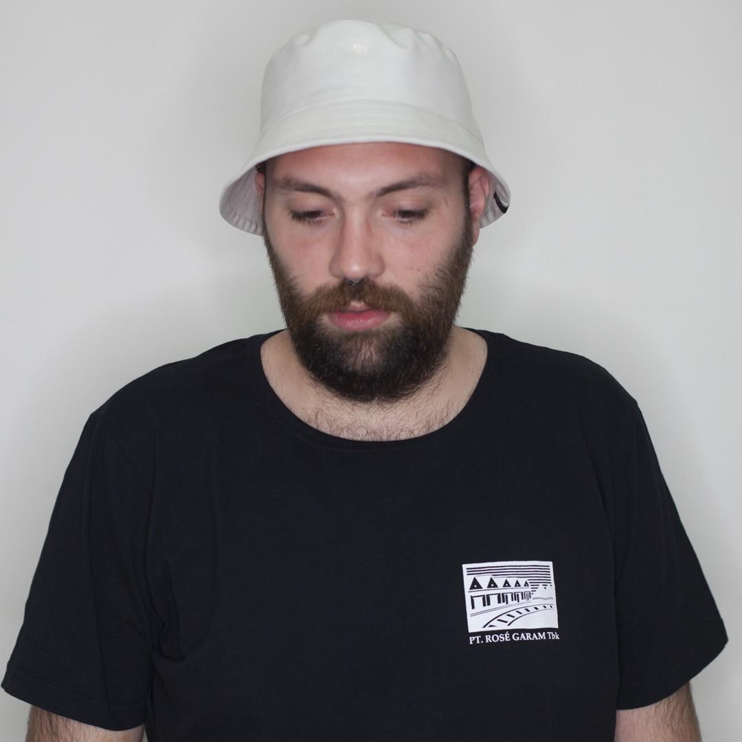 Bucket Hat Branco Rosé