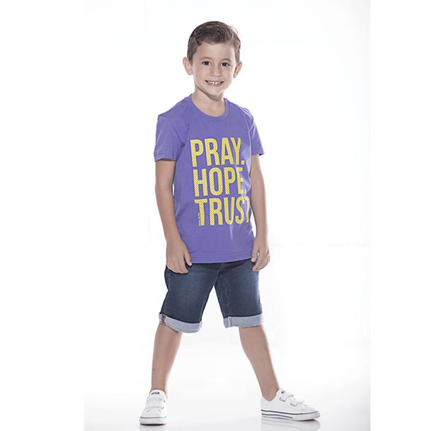 Camiseta Infantil Pray Hope Trust 3caf96bbc05