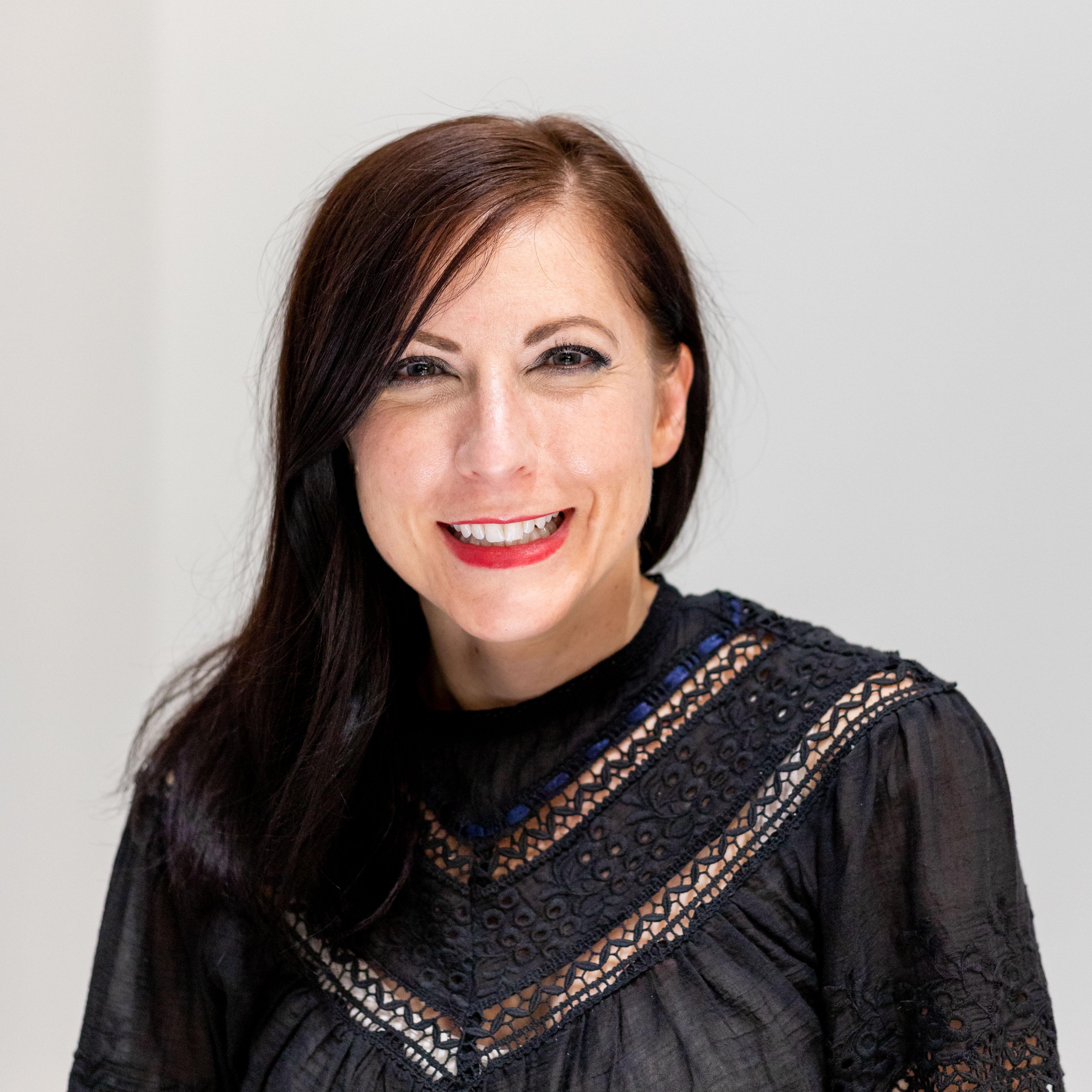 Elizabeth Schutz