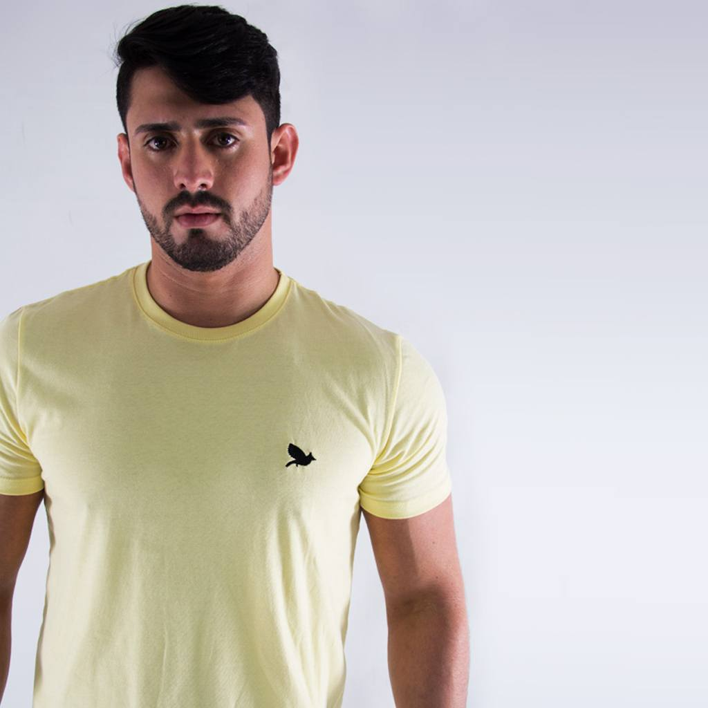 Camiseta Off Peak Básica Amarela Bordada