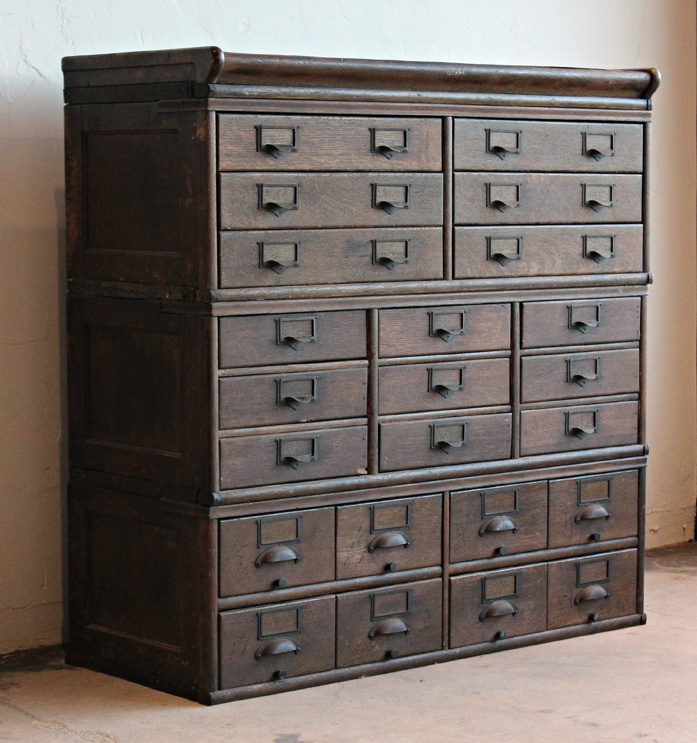 Storage Cabinets With Drawers