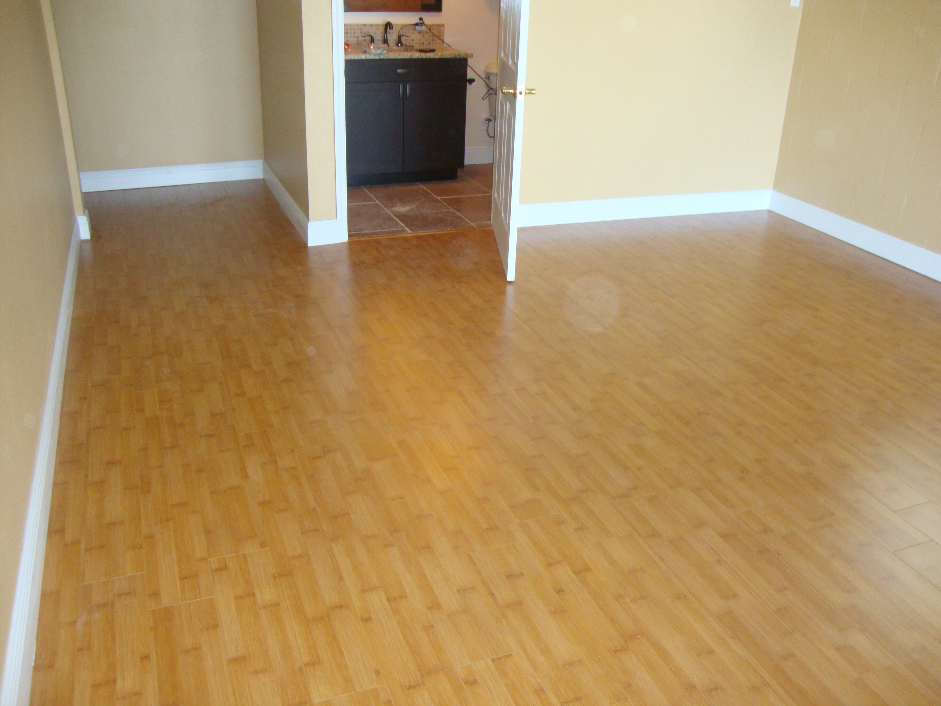 Bamboo Flooring Vs Wood Laminate