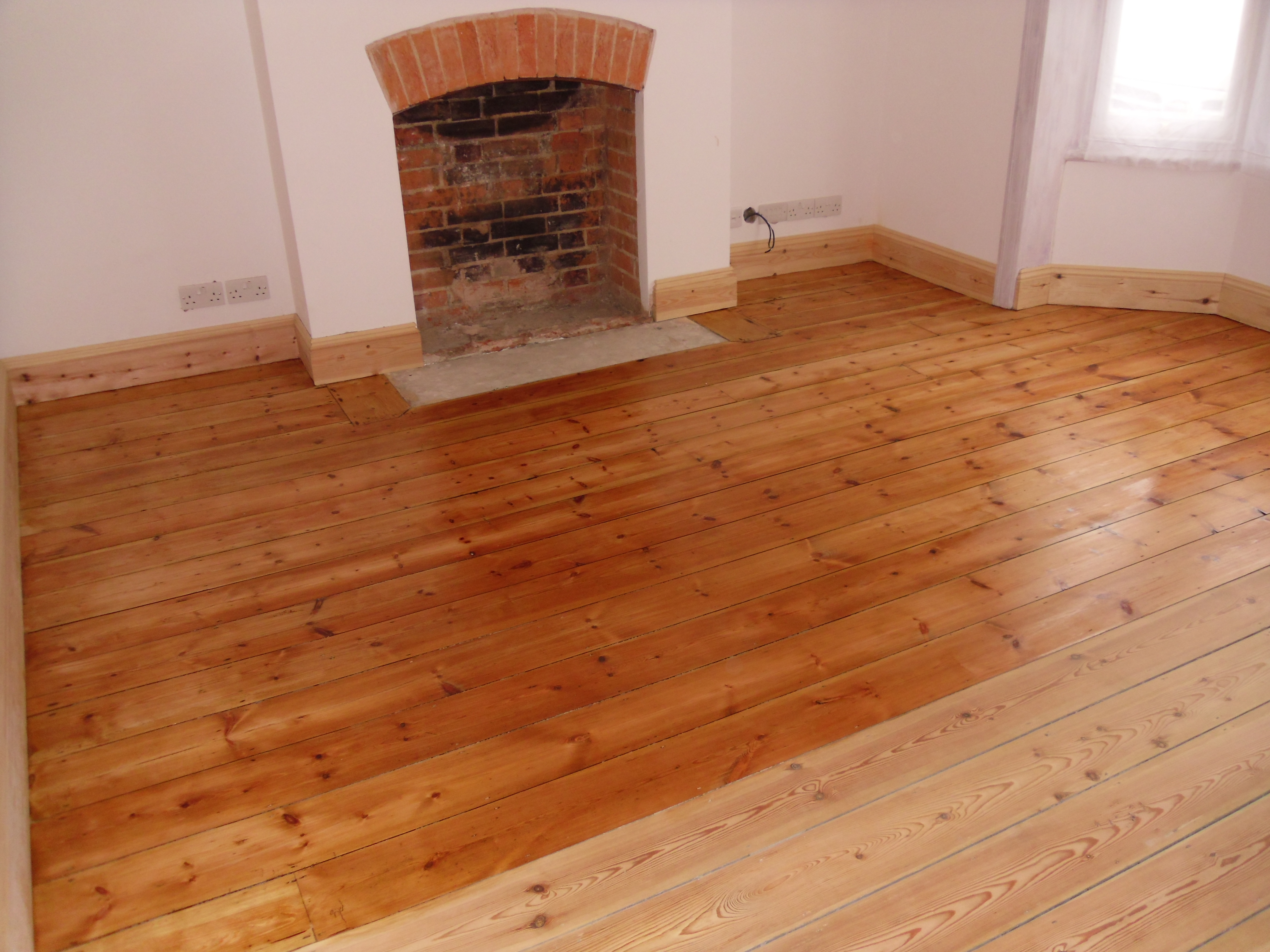 Wood Floor Lacquer Finish