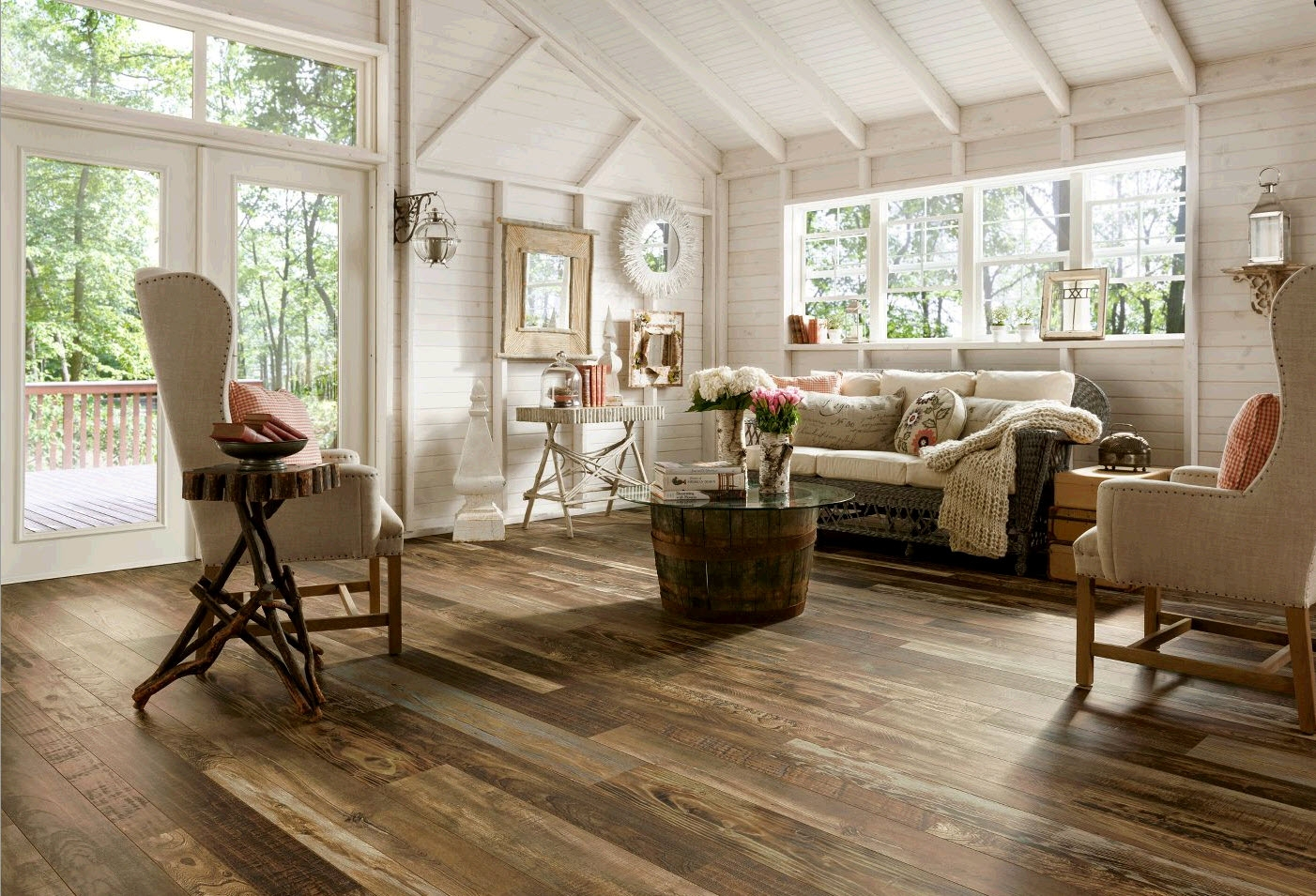 Old Barn Wood Laminate Flooring