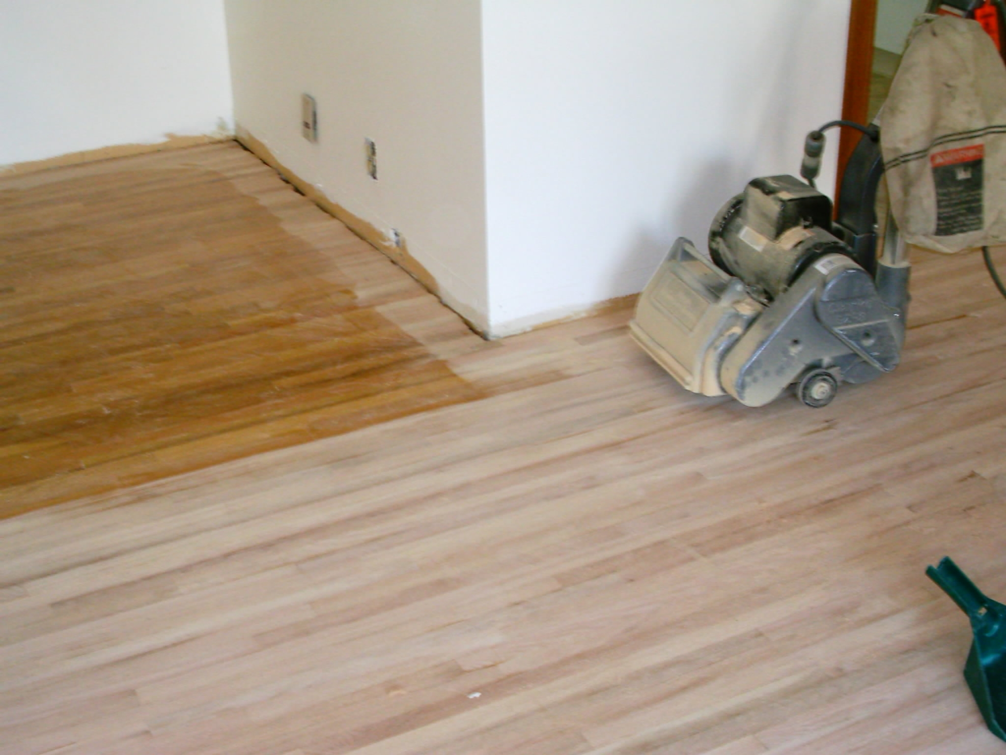 Sanding And Finishing Wooden Floors