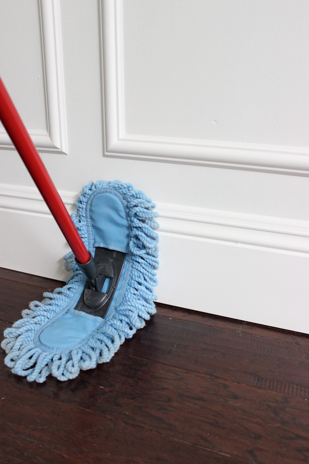 Large Wood Floor Duster