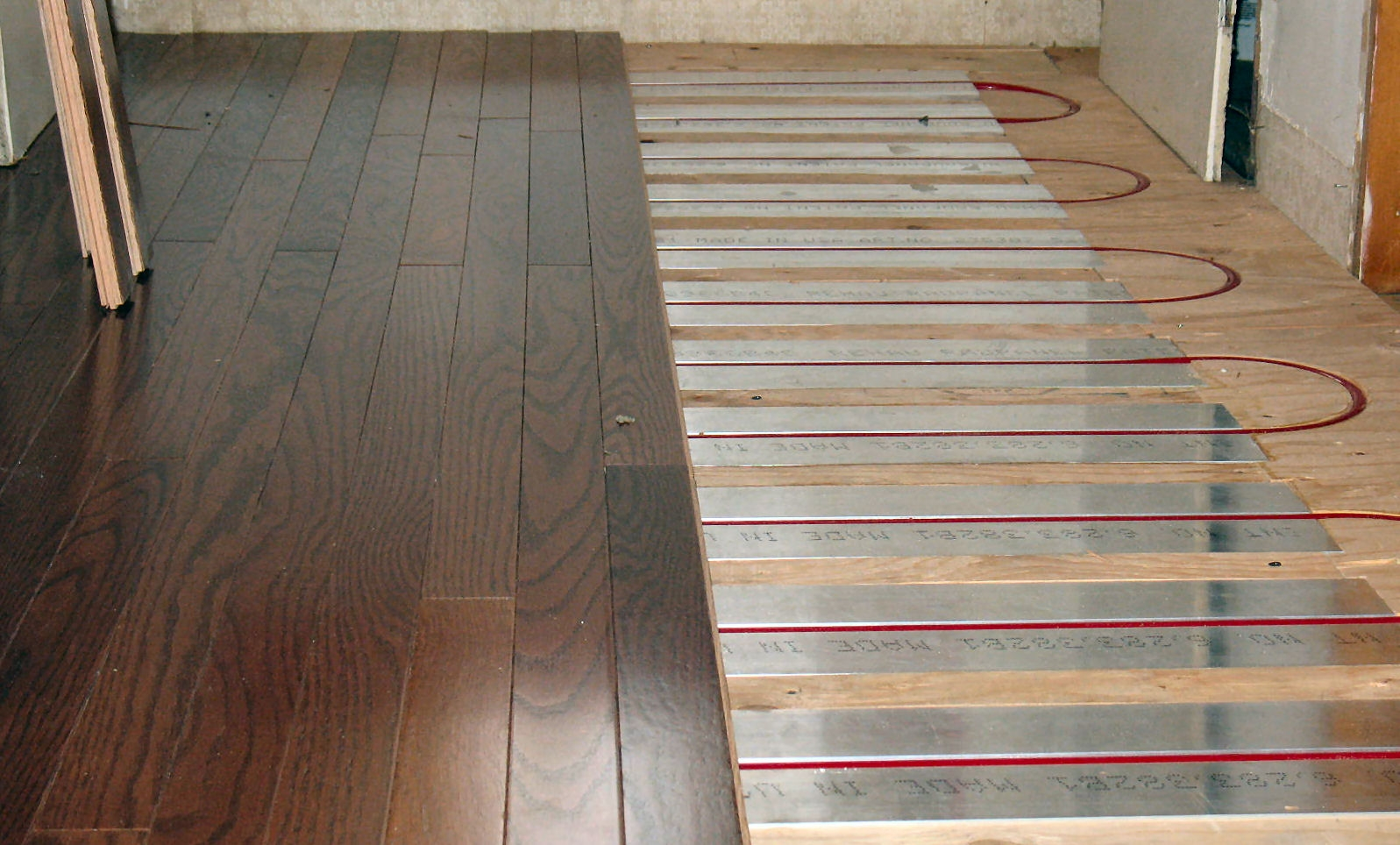 Under Wood Floor Heating Systems
