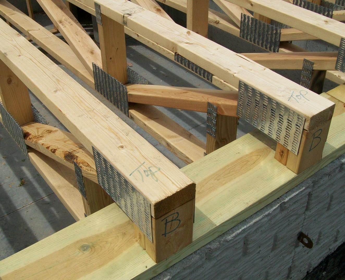 Name Four Advantages Of Engineered Wood Floor Trusses