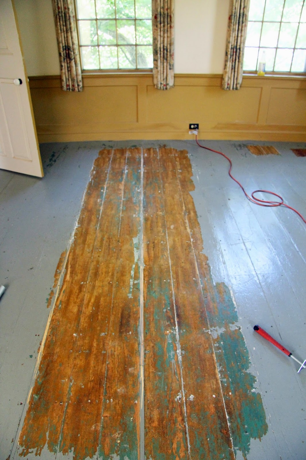Lead Varnish Wood Floors