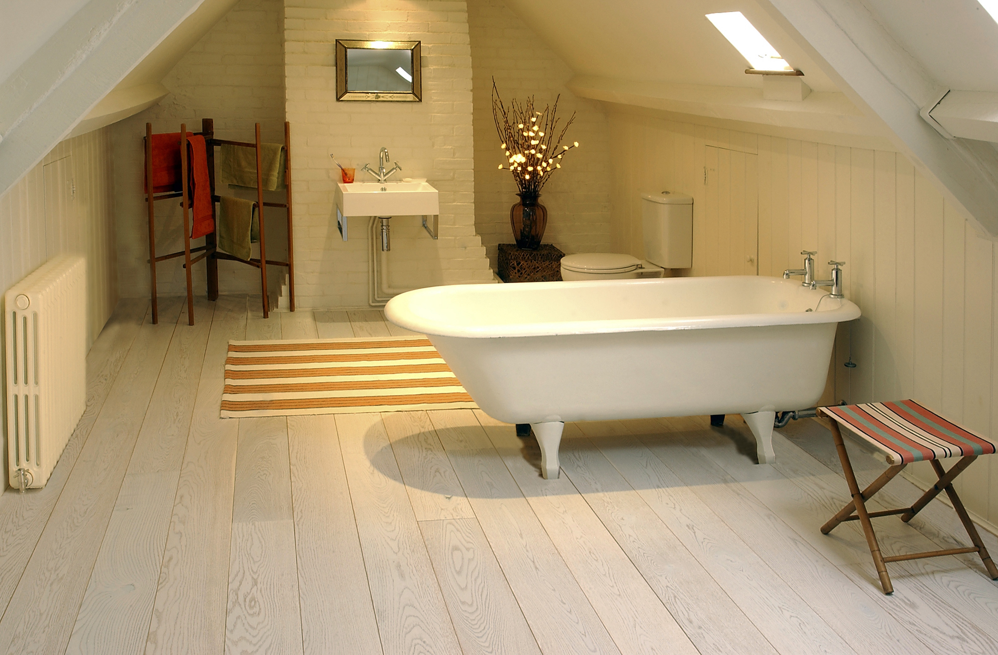 Wood Flooring For Kitchens And Bathrooms