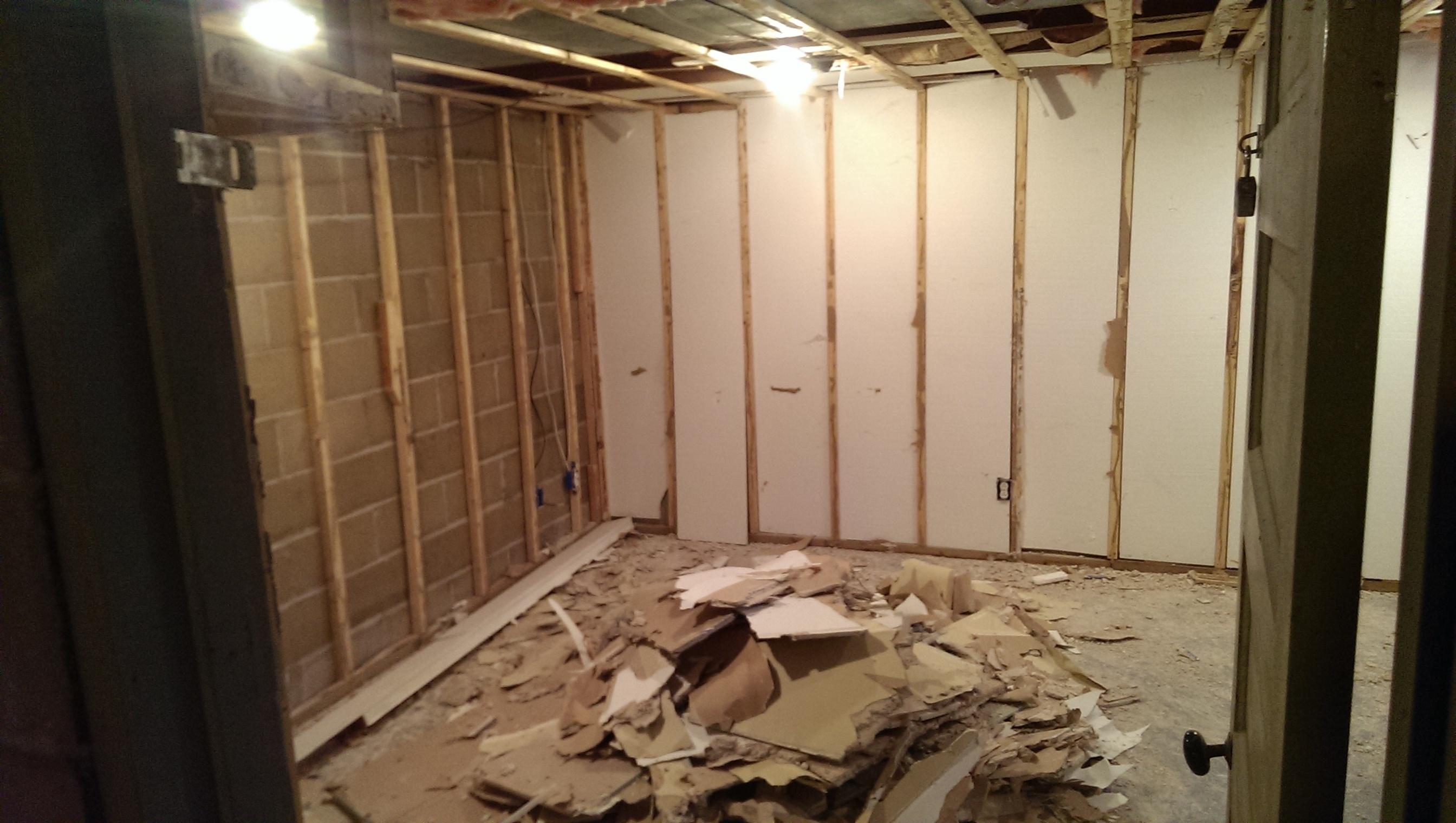 Basement Grow Room Ceiling
