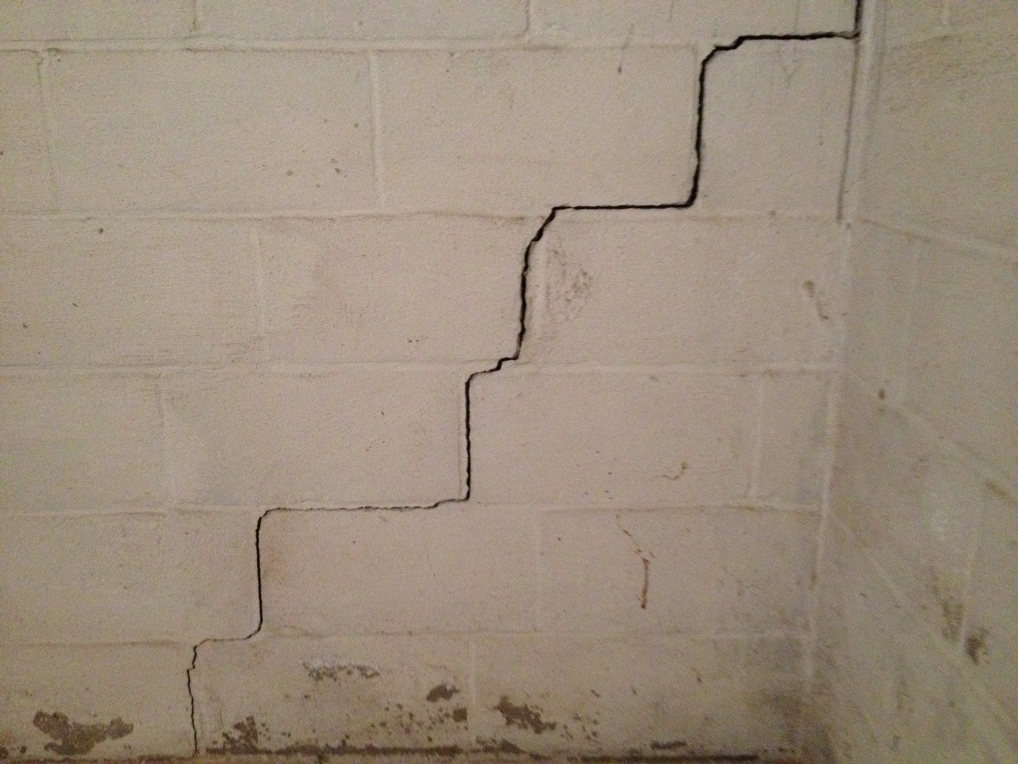 Repairing Basement Block Wall Cracks