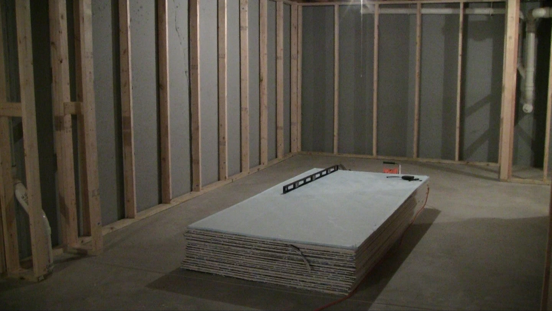 Sheetrocking Basement Walls