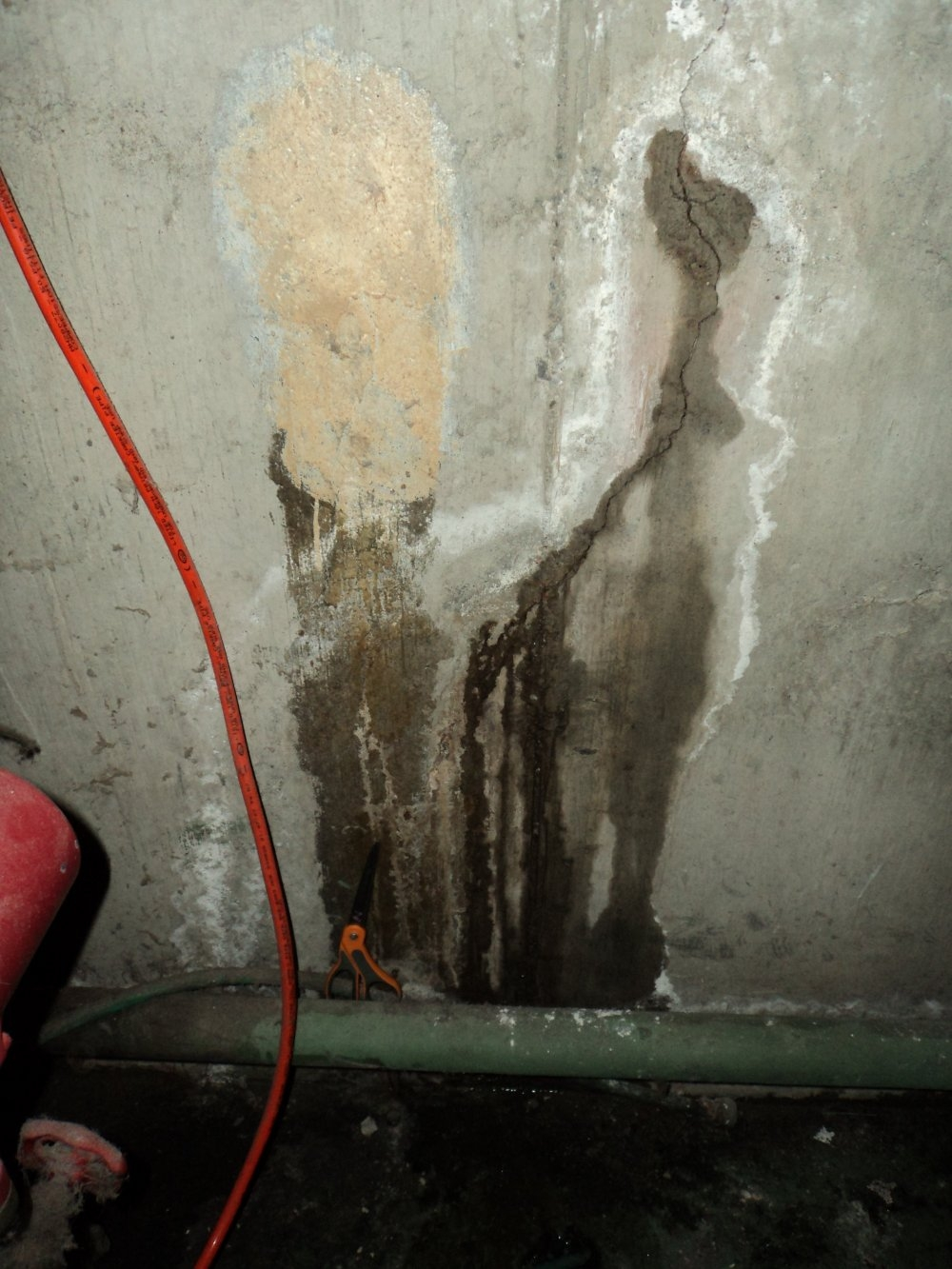 Water Stains On Basement Walls