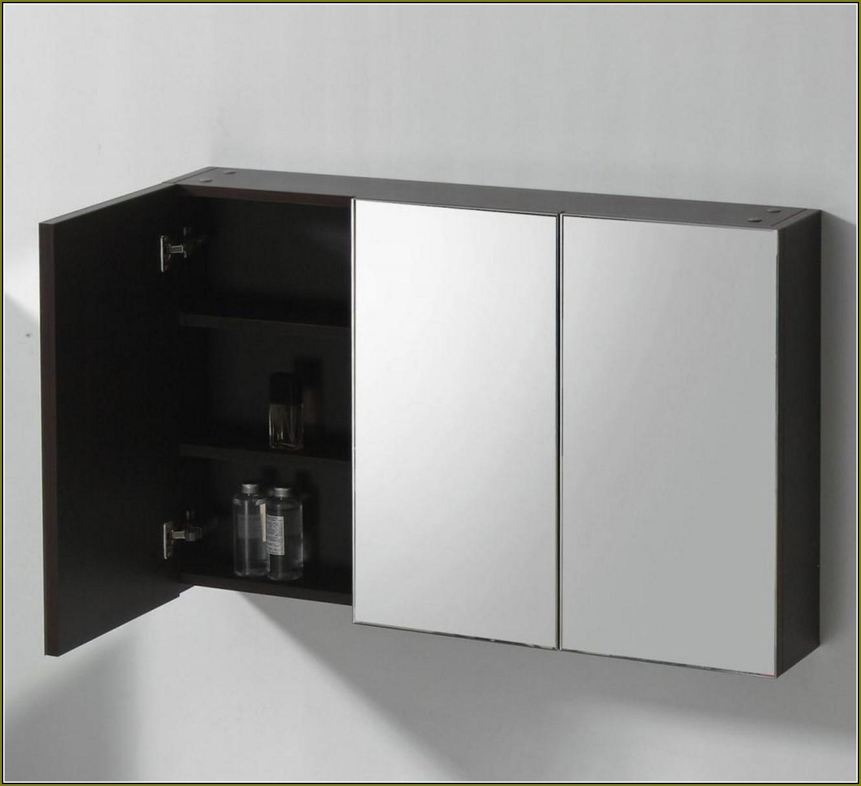 3 Door Mirrored Bathroom Cabinets
