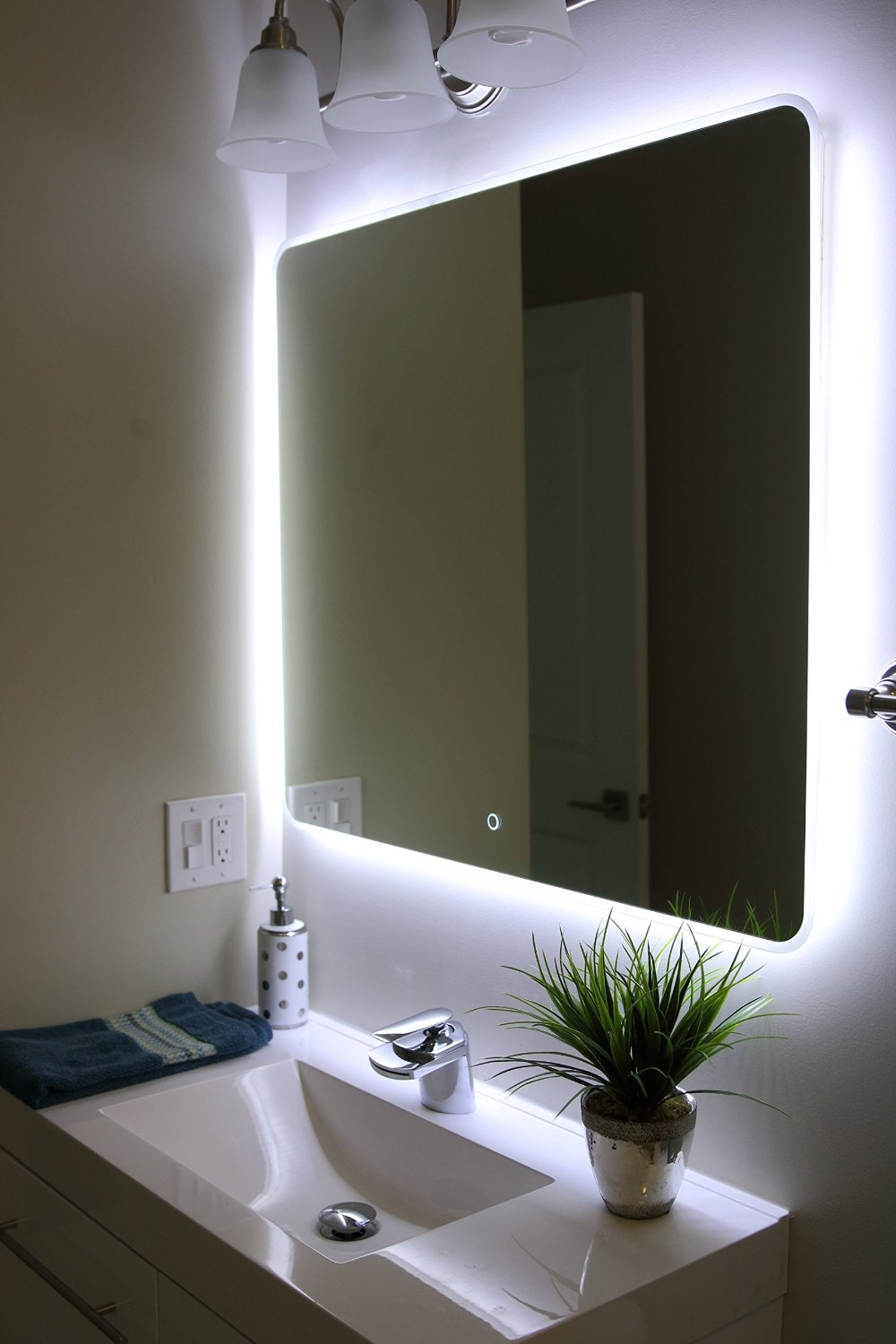 Bathroom Lights On Mirror