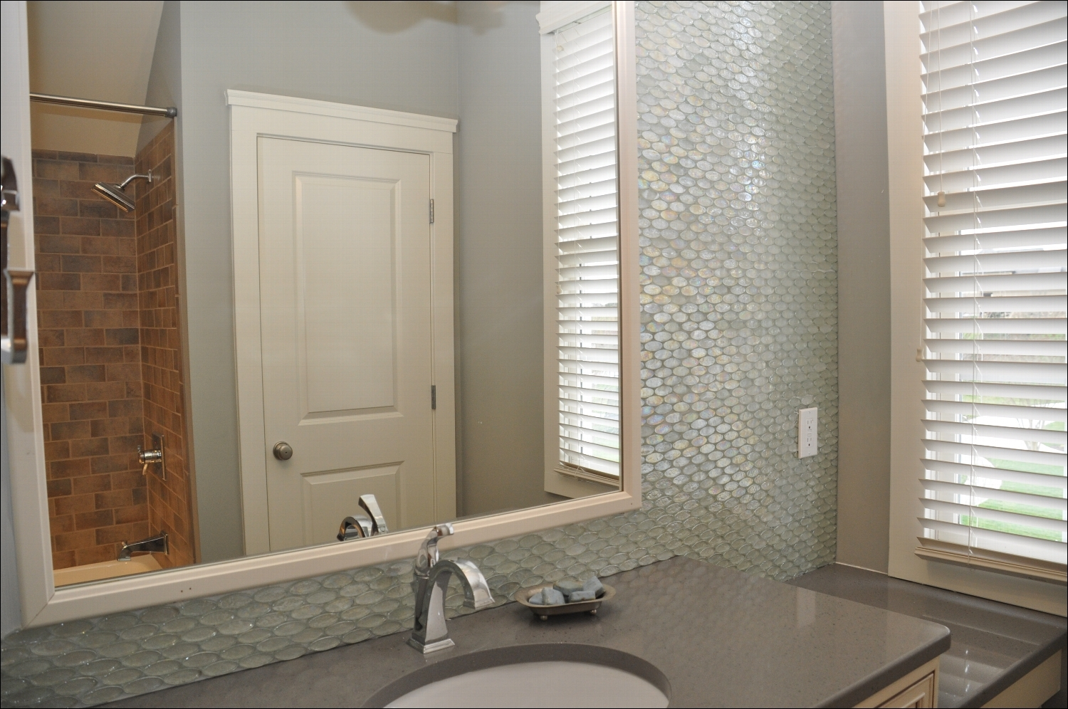 Bathroom Mirrors For Tiled Walls