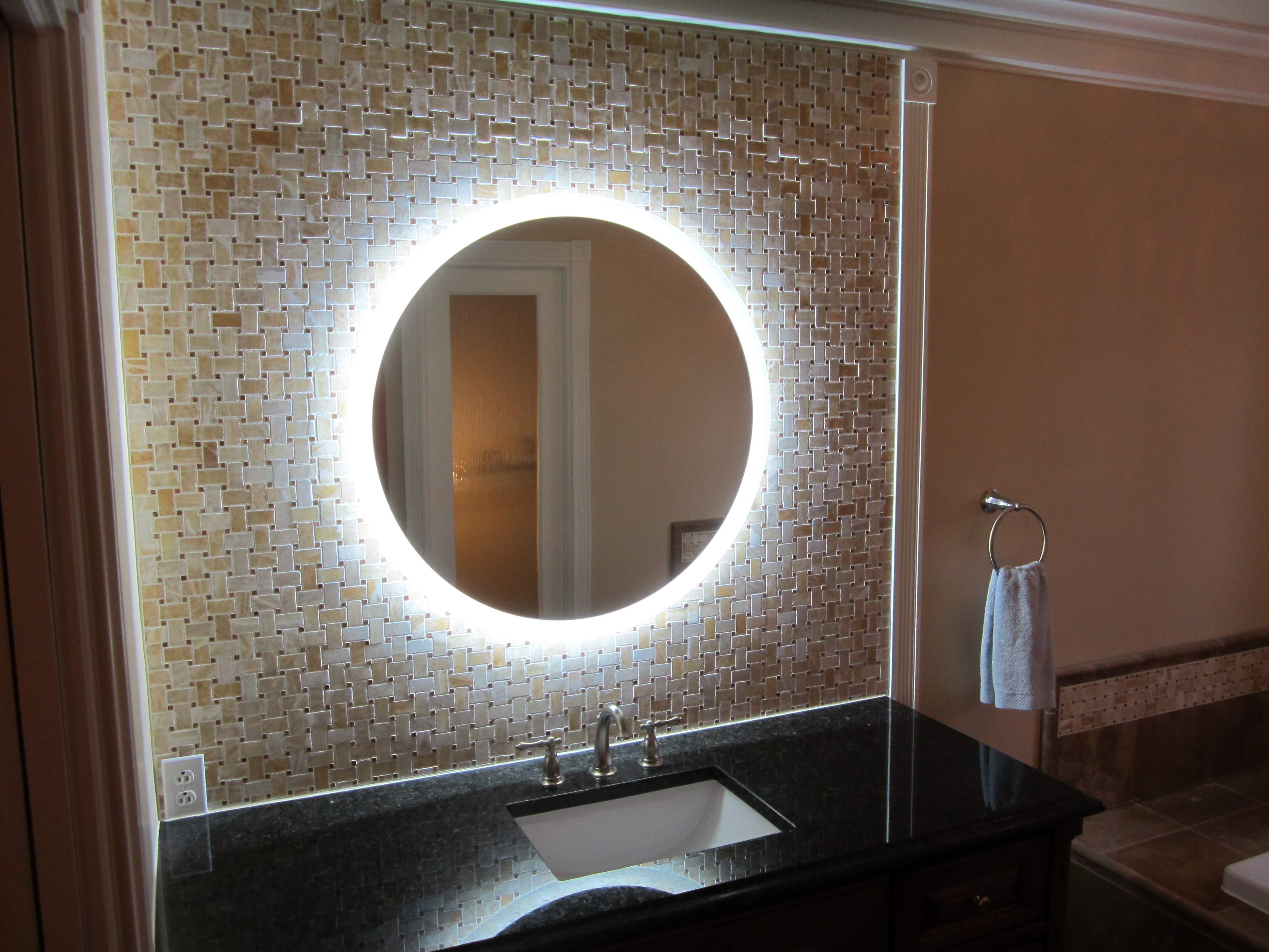 Permalink to Bathroom Round Mirror Light