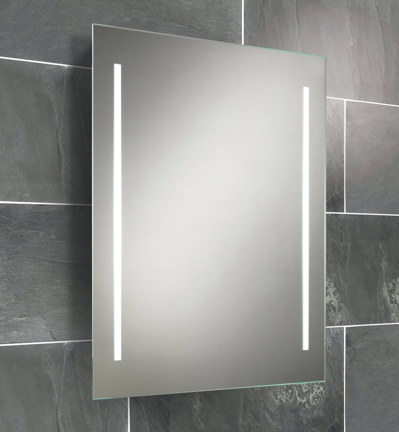 Battery Illuminated Mirrors For Bathrooms