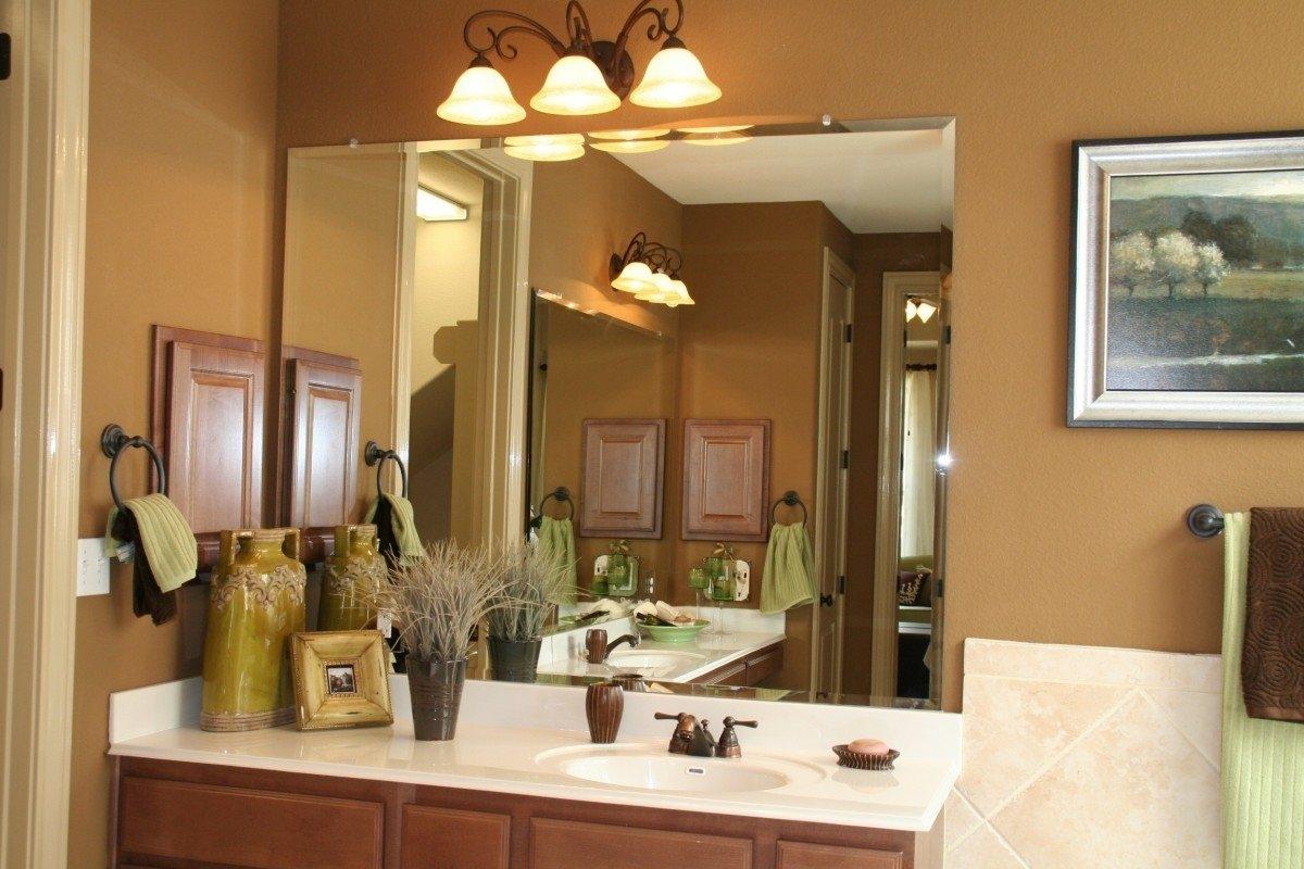 Beveled Edge Bathroom Wall Mirror