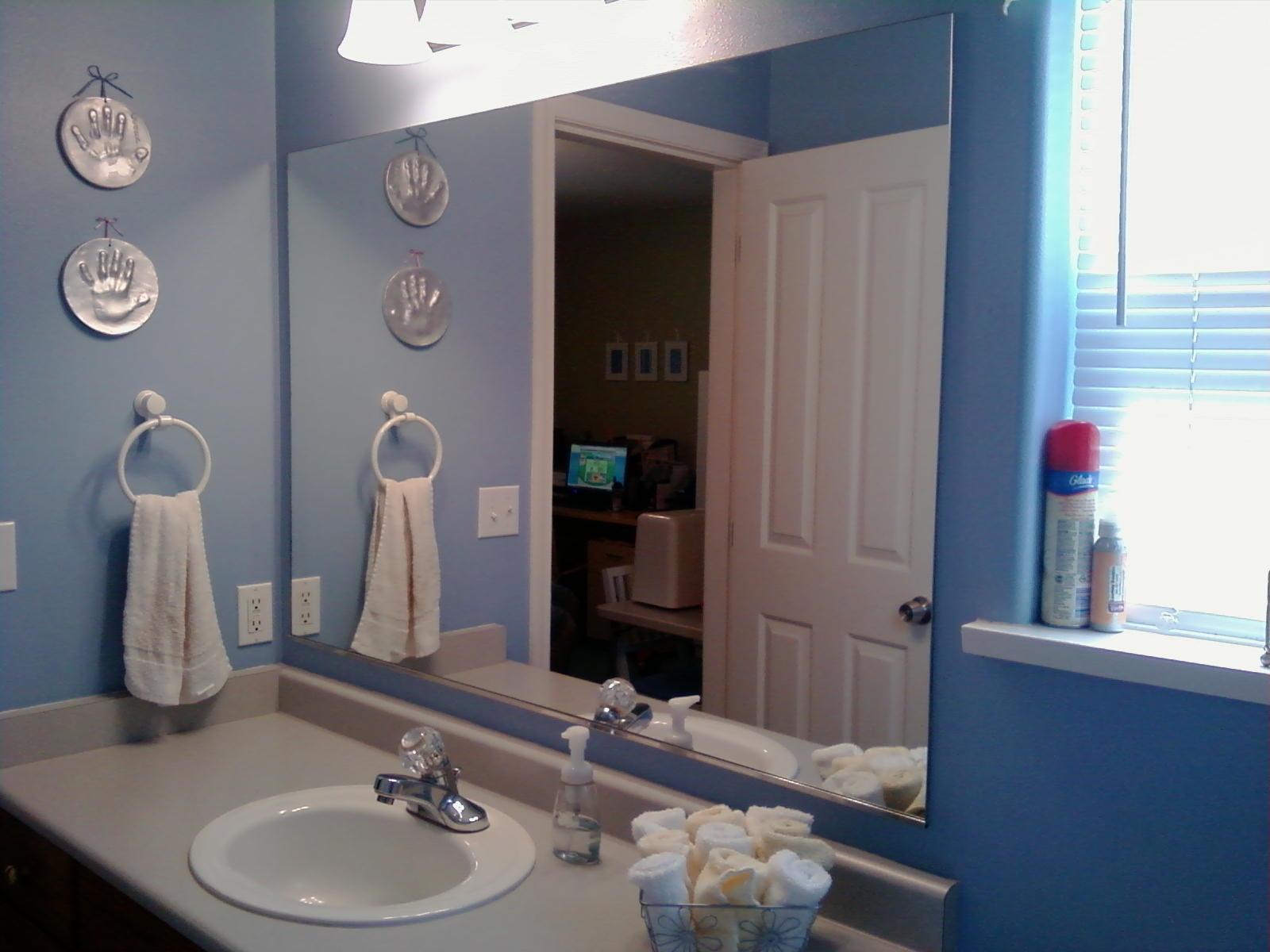 Decorate A Large Bathroom Mirror
